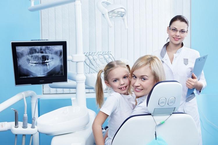 Radiografia-panoramica-primita-pe-E-mail-in-cabinetul-stomatologic